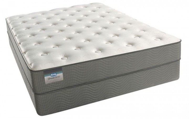 Simmons BeautySleep Alpine Valley Luxury Firm Mattress.